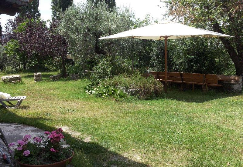 Casale Ferronio 'La Rosa', vacation rental in Castel di Tora