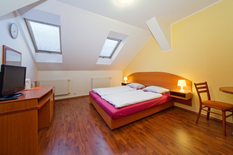 B & B STUDIO in city centre of Prague, holiday rental in Zdiby