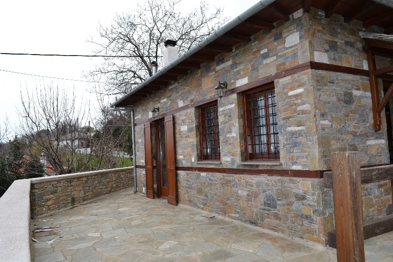 Stone house with a fantastic view in the Aegean, holiday rental in Kalamaki