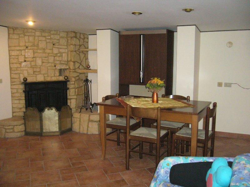 Casa Vacanze 2/5 posti letto, vacation rental in Taurisano