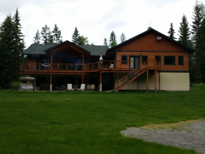 Beautiful home with hottub and all the space you need for family reunions.  Two homes on 7 acres.