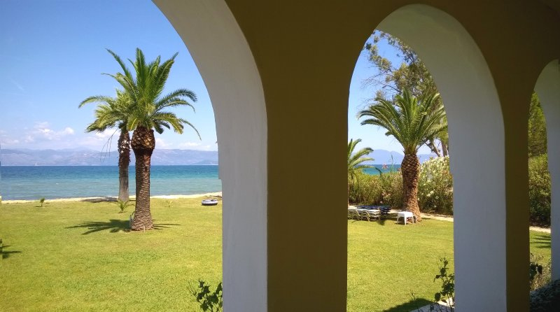Studio 2 beds on the beach on Corfu island Greece, alquiler de vacaciones en Kavos