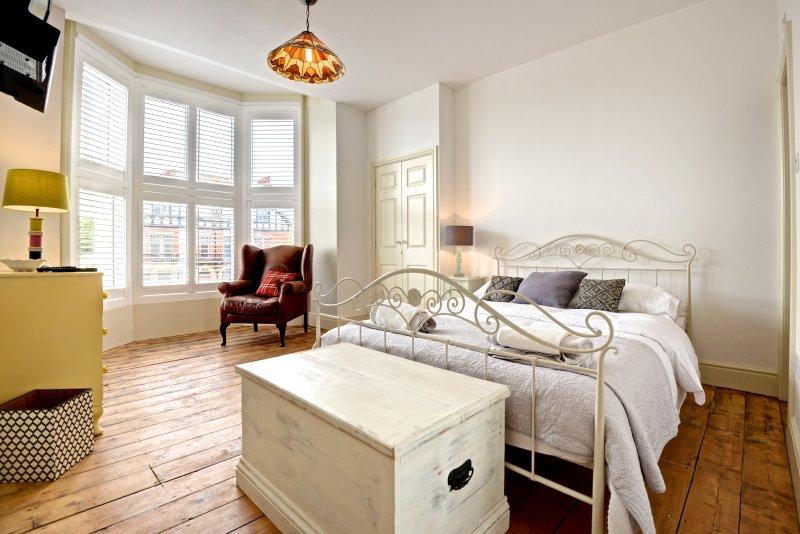 Master-Schlafzimmer mit en-suite