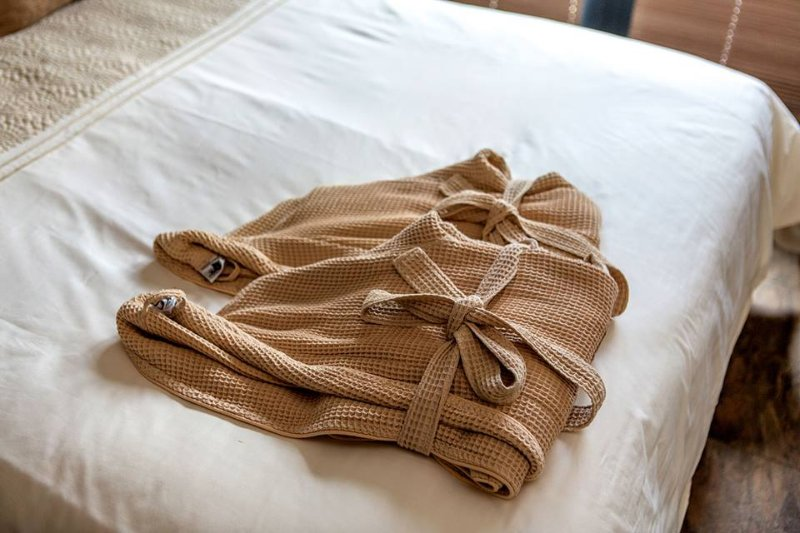 Towels, linen and bathrobes all included