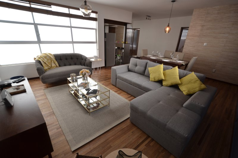 URBAN CHIC & AMAZING LOCATION, vacation rental in Mexico City
