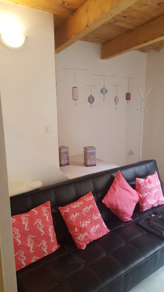 Typique appartement de vacance, vacation rental in Villeneuve les Beziers