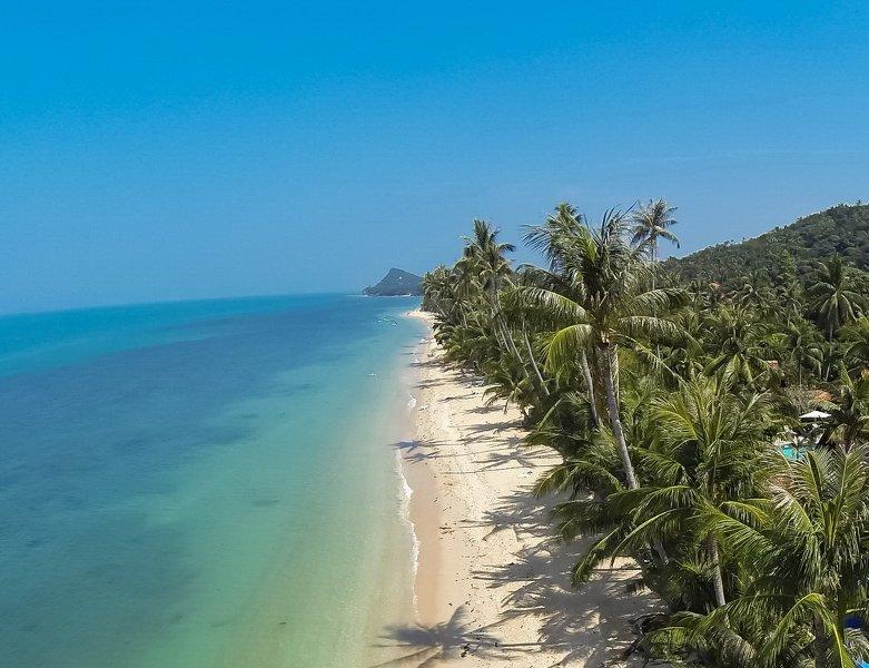Beautiful Bang Por Beach - Villa Palm is at 40 meters inland.