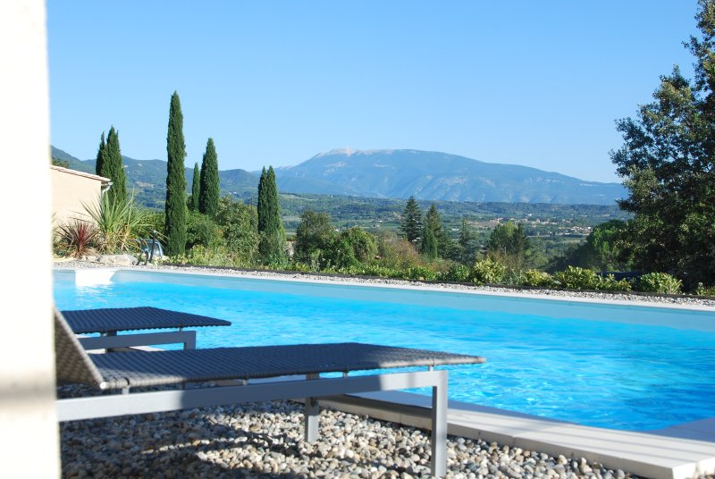 view of Mont Ventoux pool