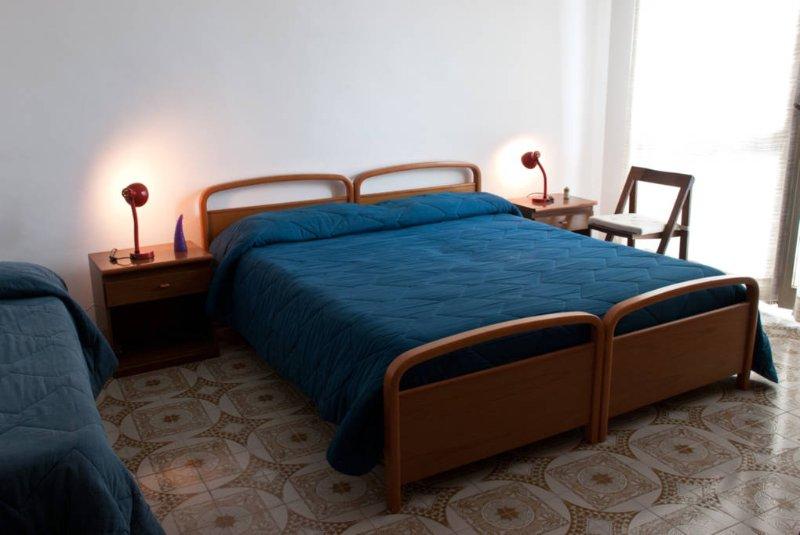 Zimmer-Wohnung 1. Stock