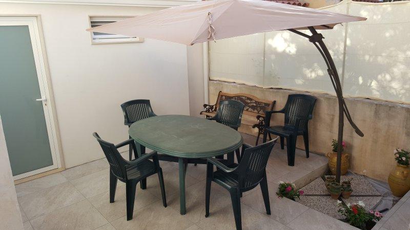 Anfè: Immobile per locazione turistica, alquiler de vacaciones en Casa Camarina