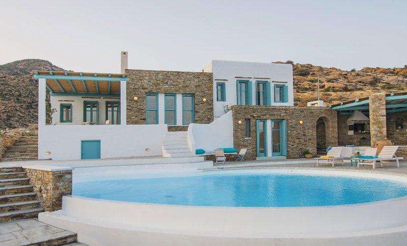 Magganari View Villa, on Magganari Bay, Ios Island
