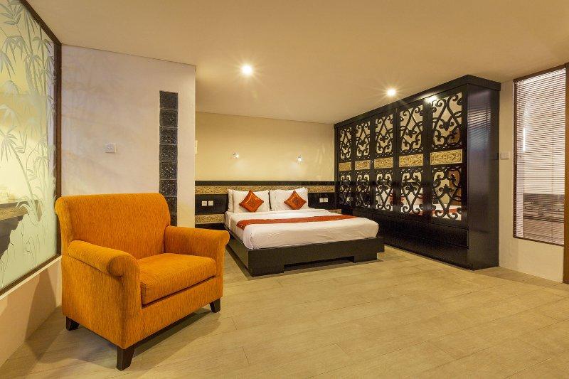 Chambre # 6 peut être réservé à la villa de 5 chambres quand une 6ème chambre est nécessaire.