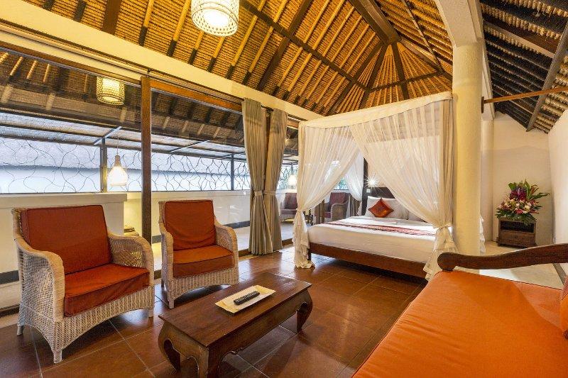 7ème étage spacieuse chambre peut être réservé séparément comme 1 chambre avec piscine privée.