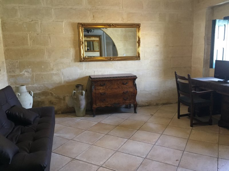 Lovely House in front of the Birgu Marina, vacation rental in Cospicua (Bormla)