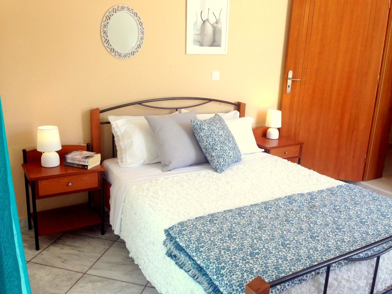 Naxos Olive House, holiday rental in Naxos Town