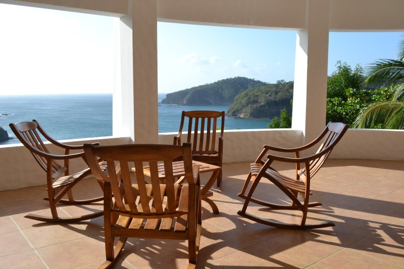 Views of Nacascolo-3Bd Ocean View 15min to surfing, holiday rental in Playa Maderas
