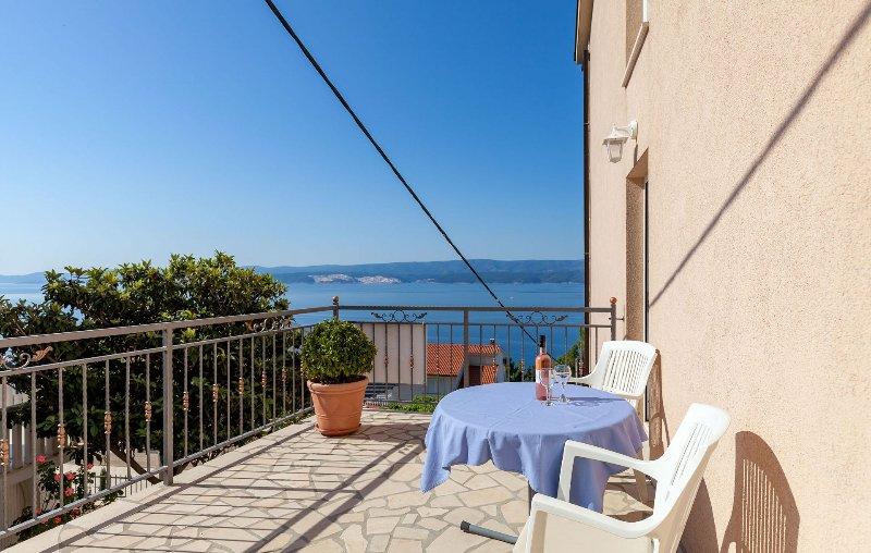 SA2(2+1): terrace