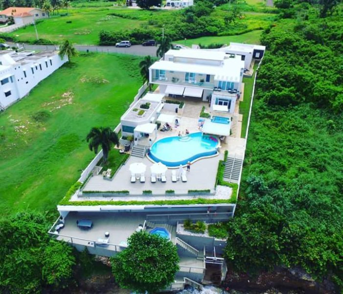 Casa Herdz Air Pic - A paradise just for you & your family!