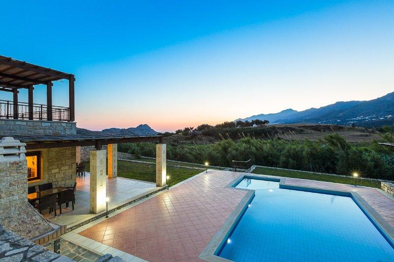 Villa Poseidon erbjuder fantastisk utsikt!