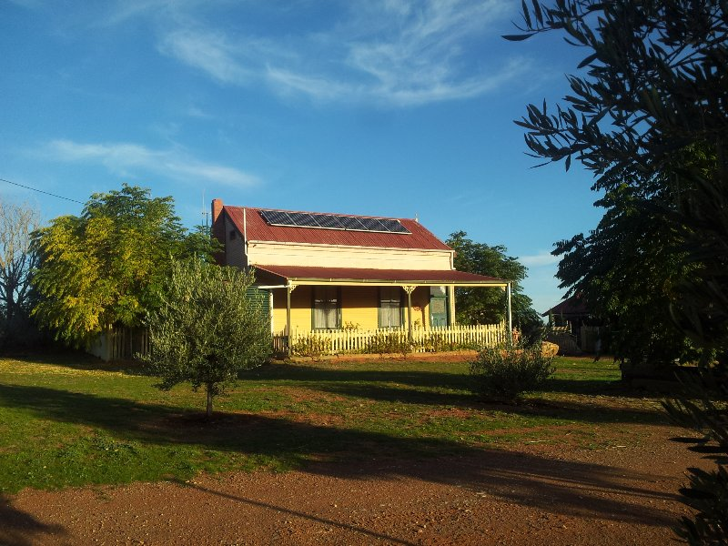 Gum Paddock Country Cottage, Ferienwohnung in Broken Hill