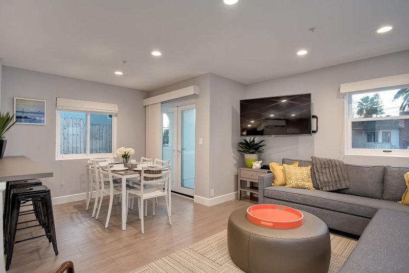 Welcome to Casa Granada, our new contemporary vacation rental in the Pier Bowl!
