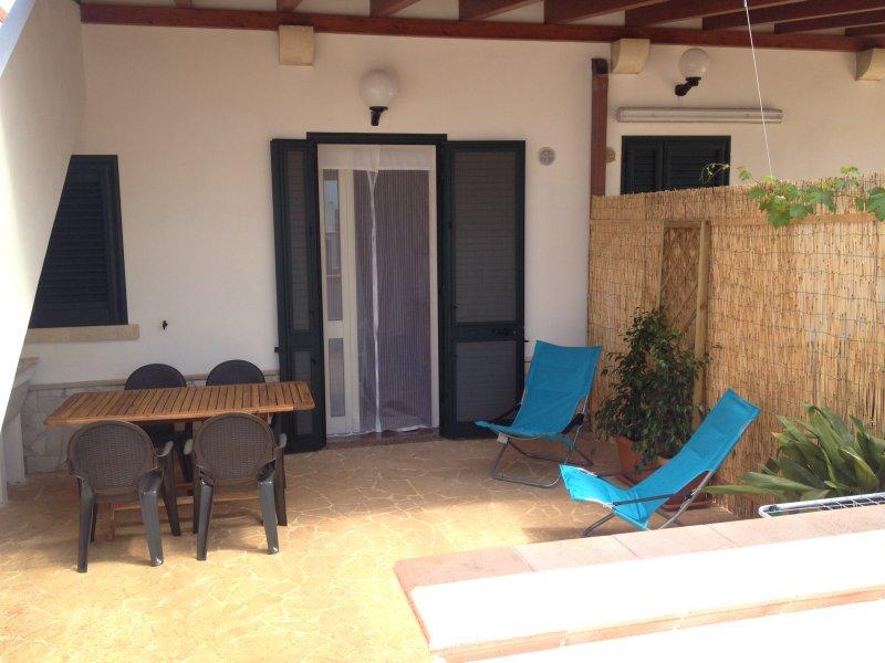 Salento 2: patio