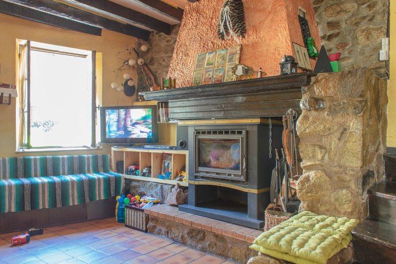 Maisonlaplace, Casa de pueblo en Pirineo Frances Haute Ariege,, vakantiewoning in Ariege