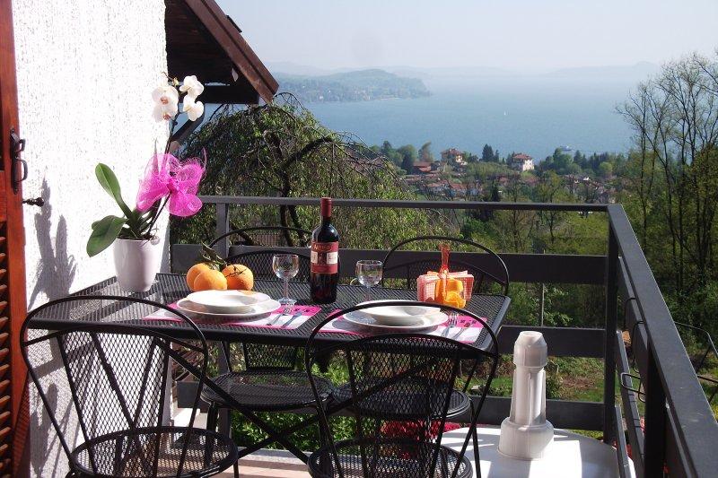 Balcony, Lake View