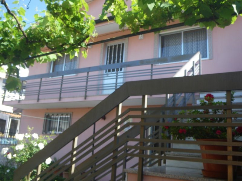 Maison low cost proche Porto, holiday rental in Recarei