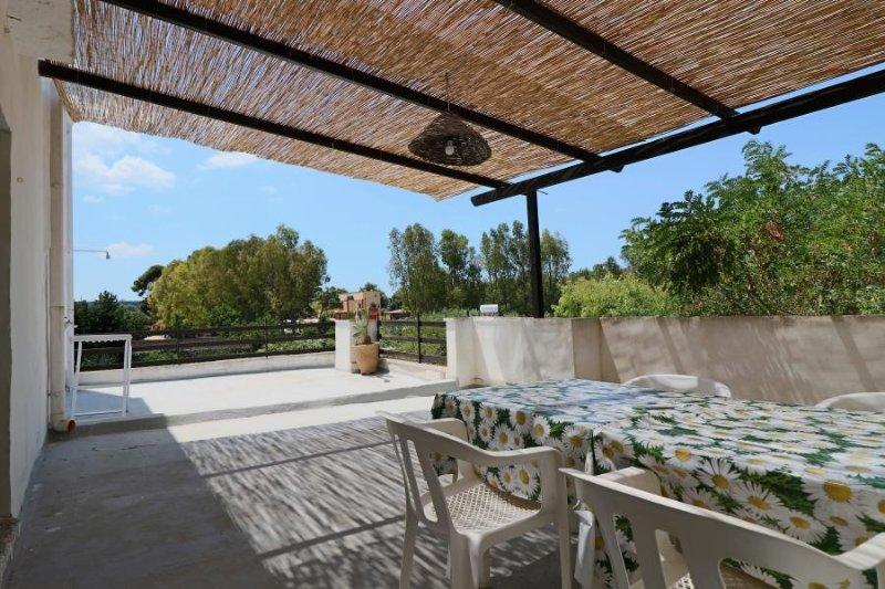 First floor apartment Farmhouse in Torre Sabea Gallipoli near the sea, holiday rental in Padula Bianca