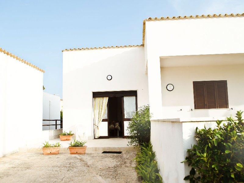 Appartamento 1 camera, alquiler de vacaciones en Bonagia