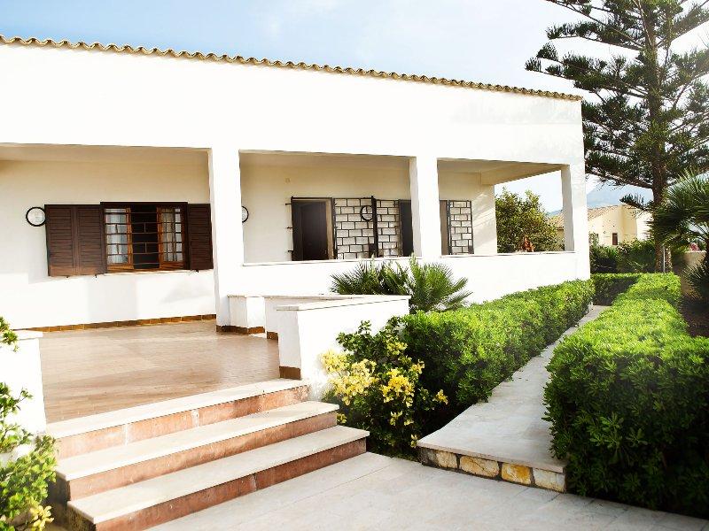 Appartamento 2 camere, alquiler de vacaciones en Bonagia