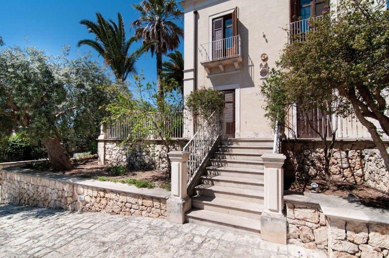 Gelsomino - Dimora Archimedea, holiday rental in Casale Modica