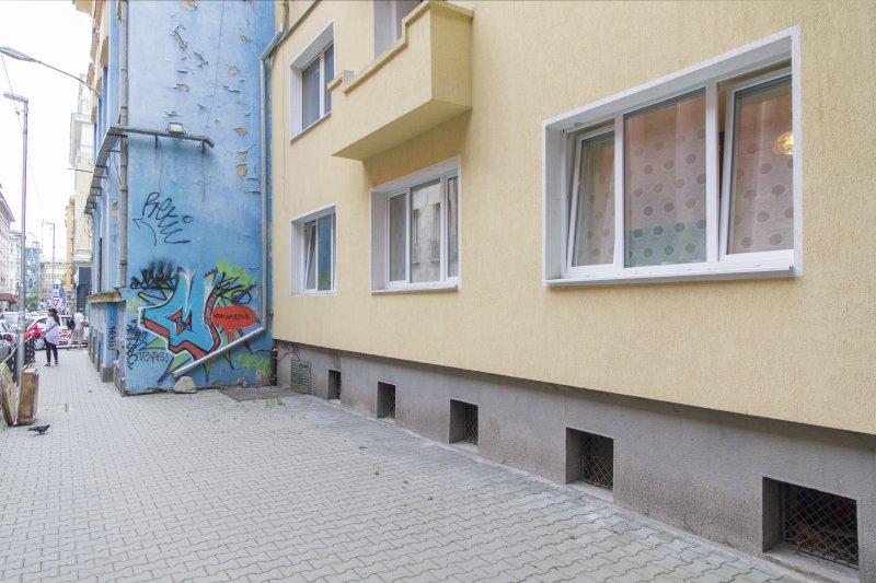 vue sur l'extérieur de l'appartement