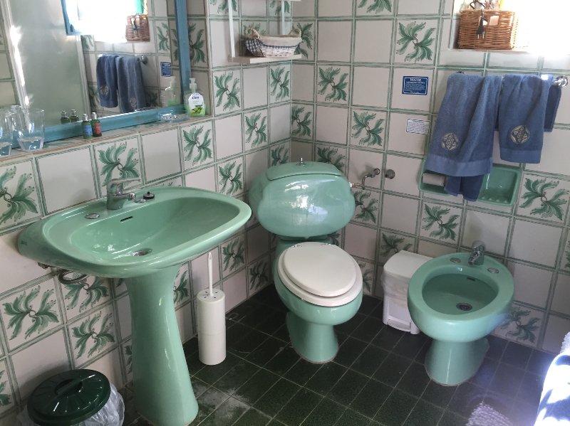 Ensuite 6: Ensuite bath/shower room, WC, basin, bidet. Excellent for families with small children