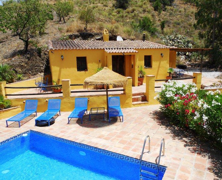 Traditionell casa med pool
