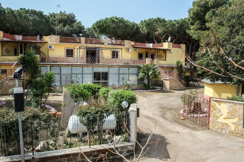 Hotel Paradiso, alquiler vacacional en Marina Velca