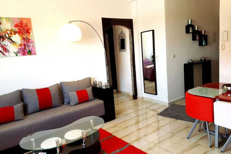 Beautiful apartment, elegant and Friendly.
