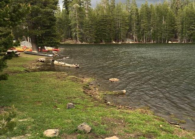 Lago alpino