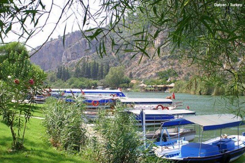 Boats along the Dalyan river