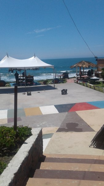 PICNIC, BBQ, AND PLAYGROUND AREA OVERLOOKING THE BEAUTIFUL OCEAN