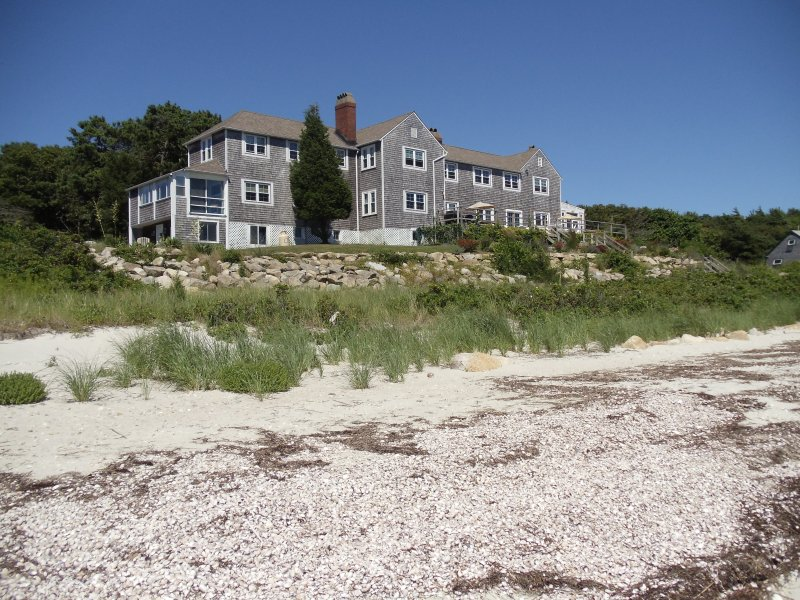 Other angle of home coming up from beach