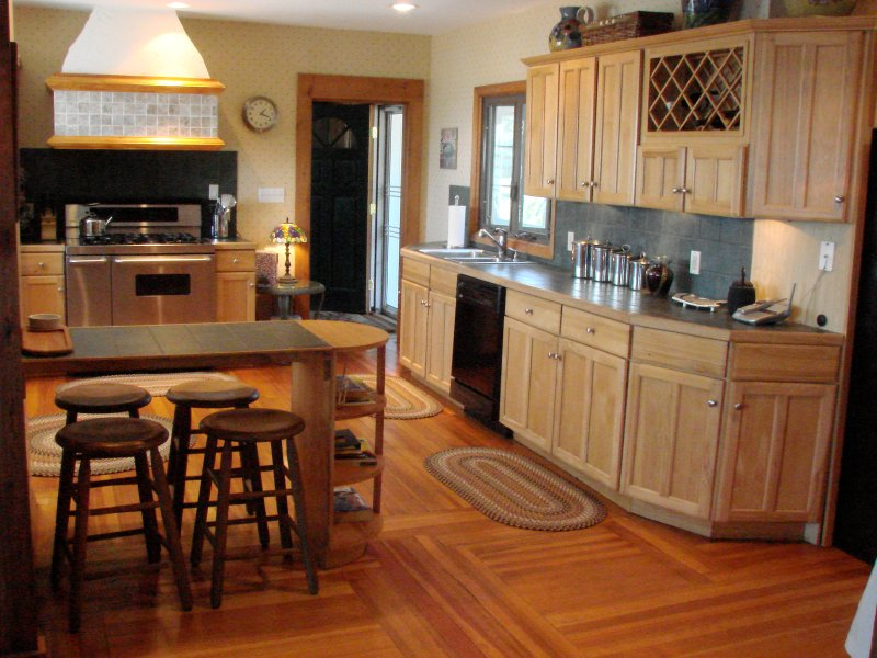 Another angle of kitchen
