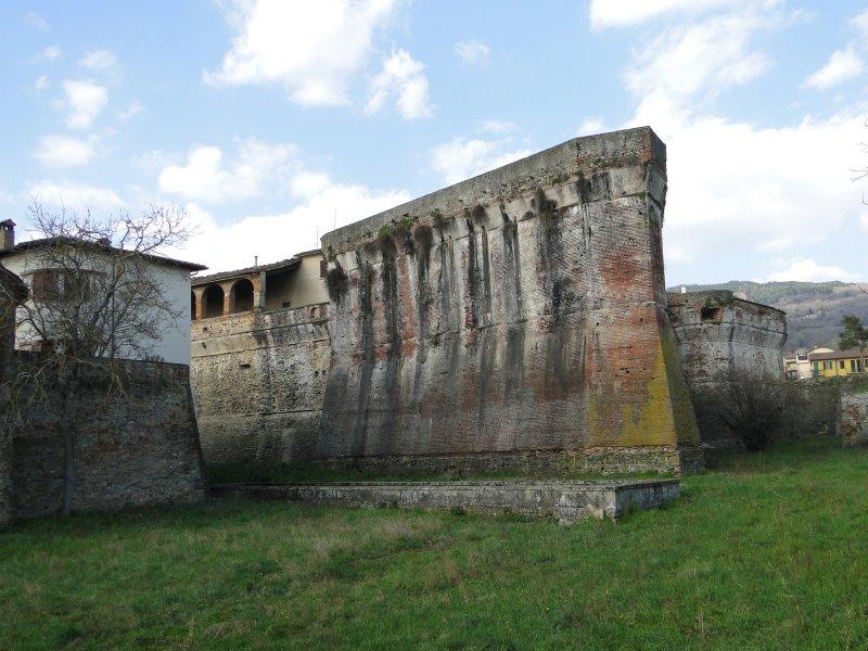 Apartment Fortress - 4/6 people - Tuscany, aluguéis de temporada em Sansepolcro