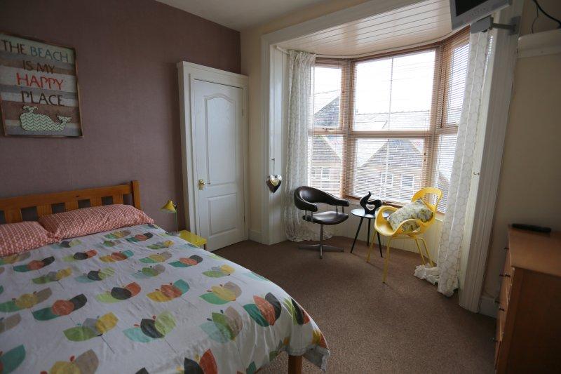 Double Bedroom (with En-Suite Bathroom)