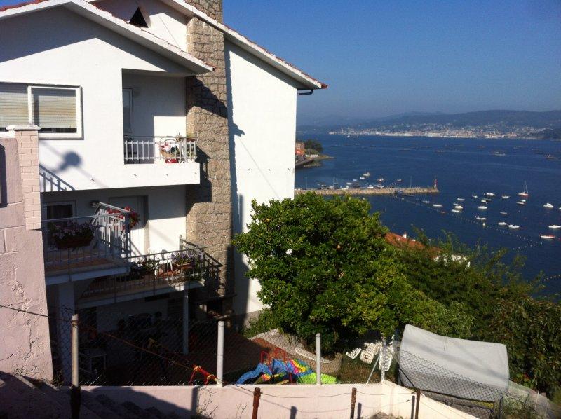 APARTAMENTO VACACIONAL DORRON SANXENXO RAXO, holiday rental in O Covelo