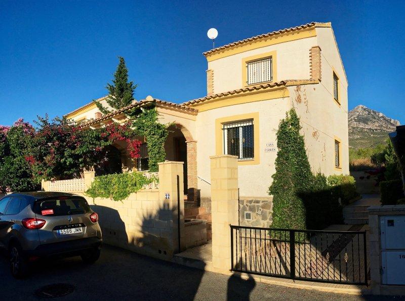 Casa Flores in La Alberca, nr Polop/La Nucia, vacation rental in Polop