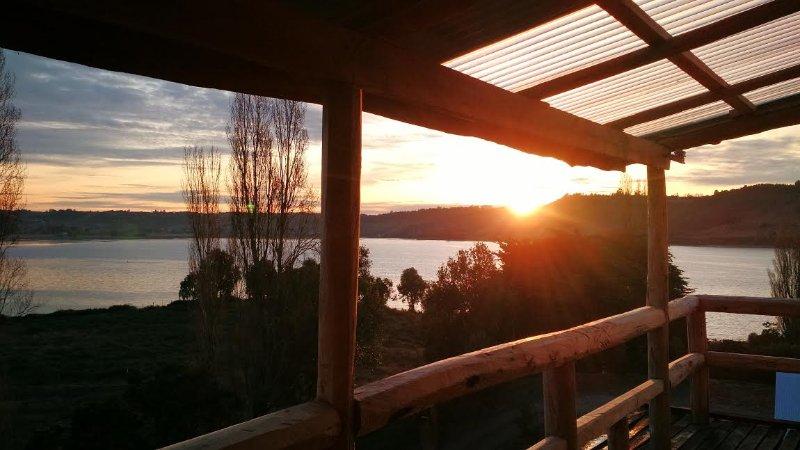 Hermoso lugar emplazado en el estero de Castro, casa vacanza a Isla Chiloe