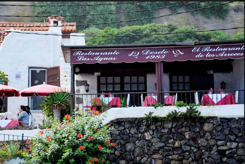 restaurant in las aguas