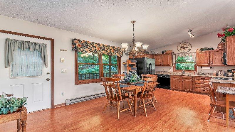 Full kitchen/dining area.